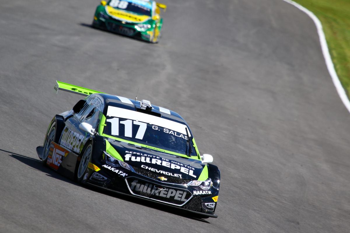 Guilherme Salas, piloto que a Nakata apoia, conquista 7 pontos na primeira etapa da Stock Car