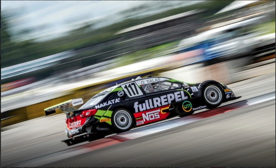 Guilherme Salas, piloto patrocinado pela Nakata, disputa a oitava etapa da Stock Car