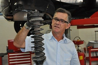 Condições dos amortecedores interferem na estabilidade e segurança do veículo