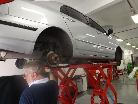 Fique atento aos indícios de comprometimento da suspensão do veículo