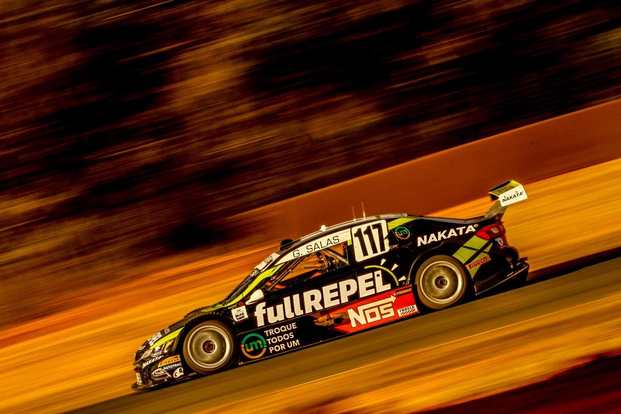 Guilherme Salas, piloto patrocinado pela Nakata, pontua na Stock Car
