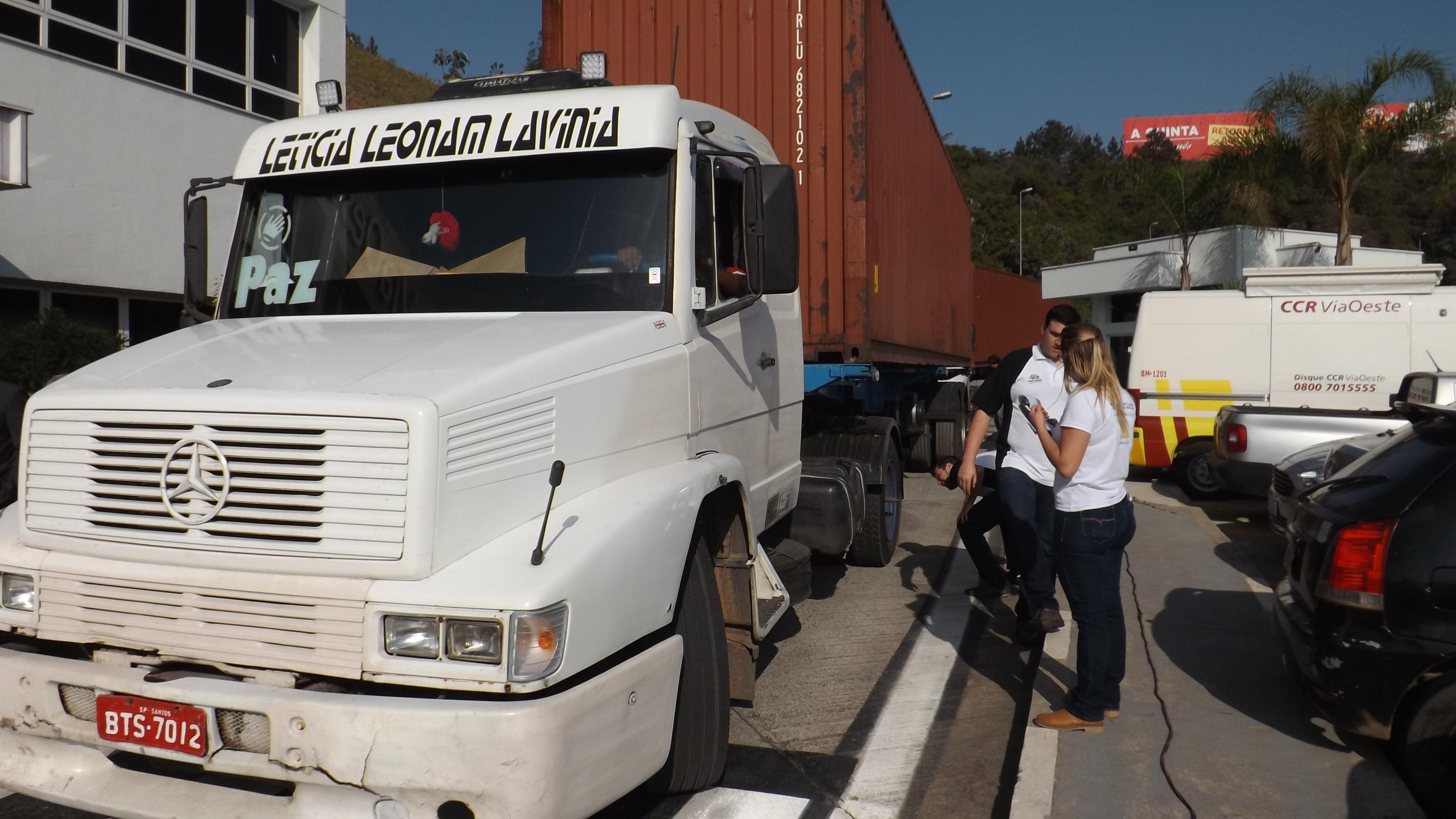 Barra de direção exige cuidados para evitar folgas que podem colocar em risco a segurança do caminhão